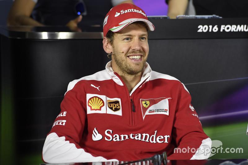 Себастьян Феттель, Ferrari під час прес-конференції FIA