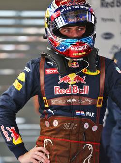 Max Verstappen, Red Bull Racing en carrera de Lederhosen juego