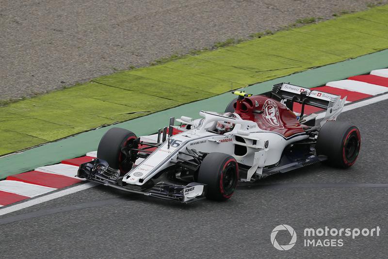 10: Charles Leclerc, Sauber C37, 1'29.864