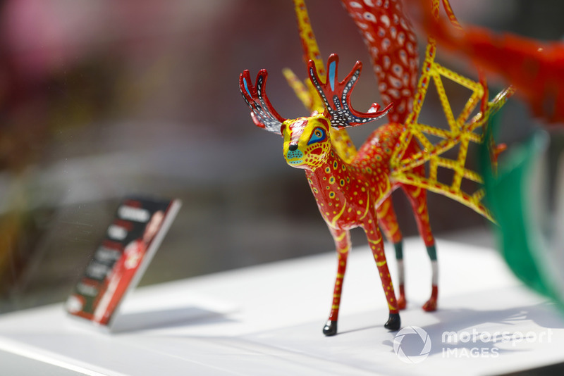 Гран Прі Мексики: статуетка Кімі Райкконена, Ferrari