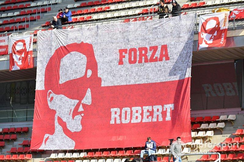 لافتة لروبرت كوبتسا، ويليامز