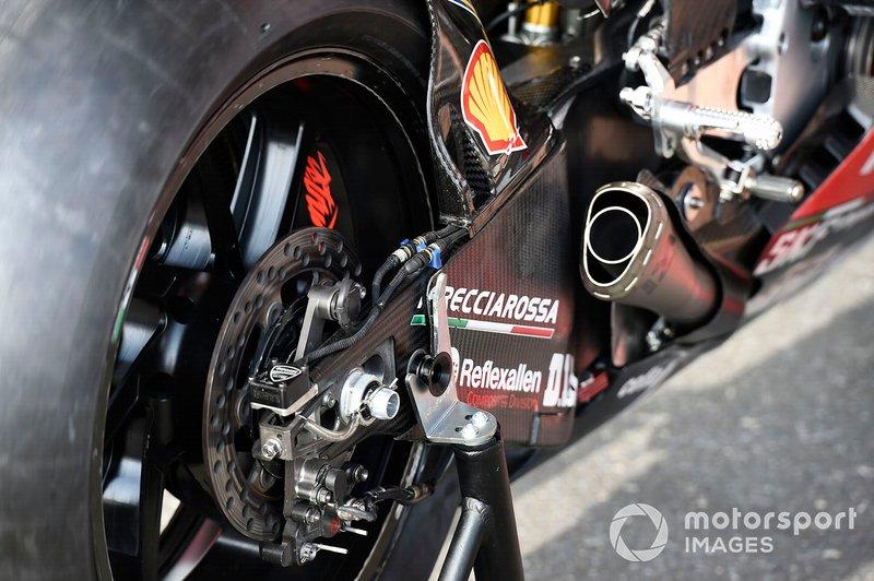 Detalle del basculante de Ducati