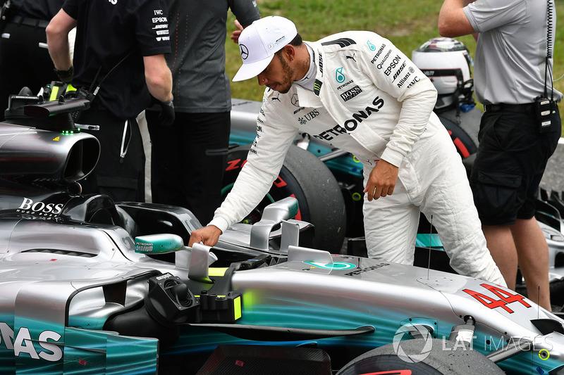 Lewis Hamilton, Mercedes-Benz F1 W08  in parc ferme