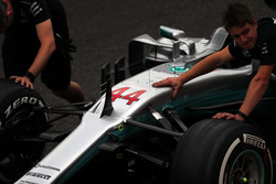 Mercedes-Benz F1 W08  nose and front suspension