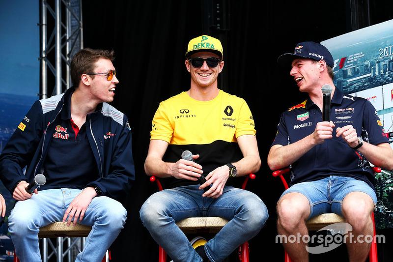 Daniil Kvyat, Scuderia Toro Rosso; Nico Hülkenberg, Renault Sport F1 Team; Max Verstappen, Red Bull Racing