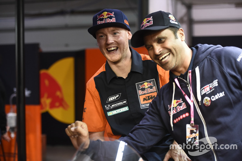 Bradley Smith, Red Bull KTM Factory Racing; mit Nasser Al-Attiyah, Rallyefahrer