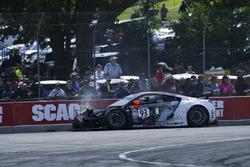 #93 RealTime Racing Acura NSX GT3: Peter Kox, crash