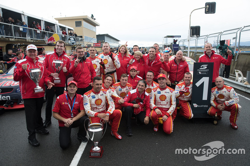 1. Fabian Coulthard, Team Penske, Ford; 2. Scott McLaughlin, Team Penske, Ford