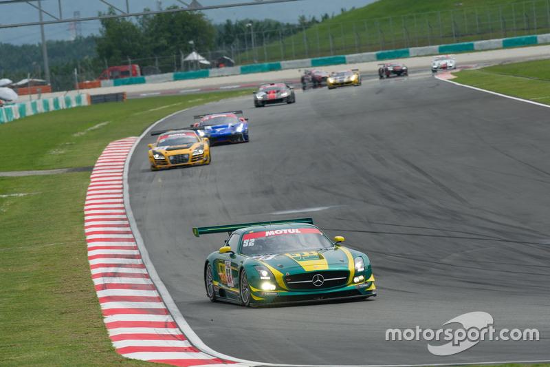 #52 SAITAMA TOYOPET Green Brave, Mercedes-Benz SLS AMG GT3: Taku Bamba, Takayuki Hiranuma, Naoki Hattori, Shogo Mitsuyama