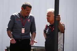Guenther Steiner, jefe de equipo y Gene Haas F1 Team, dueño y fundador de Haas F1 Team