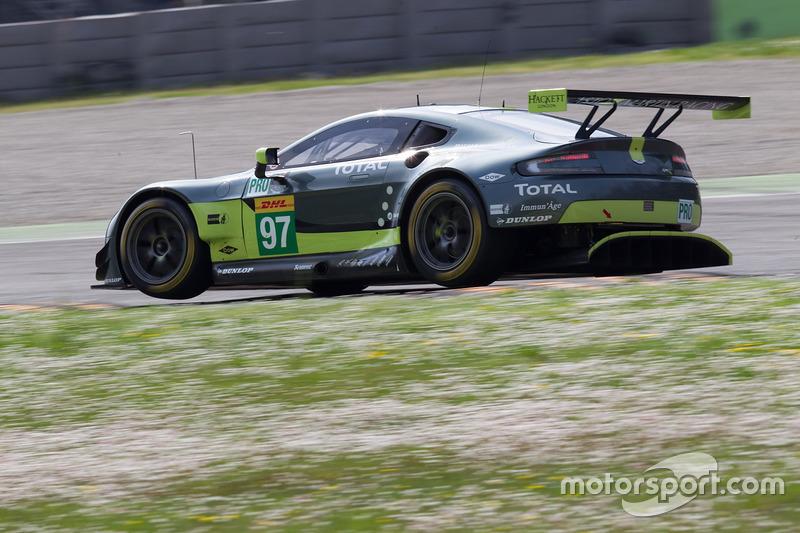 #97 Aston Martin Racing, Aston Martin Vantage: Darren Turner, Jonathan Adam