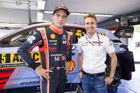 Thierry Neuville, Hyundai Motorsport and Timo Bernhard