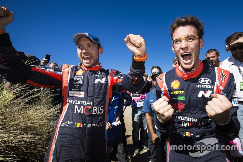 Los ganadores Thierry Neuville, Nicolas Gilsoul, Hyundai i20 WRC, Hyundai Motorsport