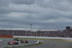 Sebastian Vettel, Ferrari SF70H, Max Verstappen, Red Bull Racing RB13, Nico Hulkenberg, Renault Sport F1 Team RS17