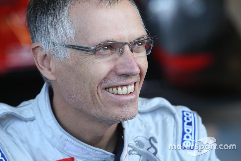 #4 Oak Racing, Ligier JSP3 - Nissan: Carlos Tavares