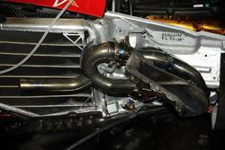 V10 Ferrari, dettaglio dello scarico