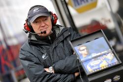 Steve Hallam, Michael Waltrip Racing