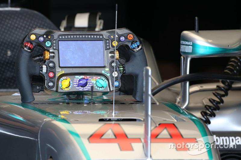 Lewis Hamilton, Mercedes AMG F1 Team, Lenkrad