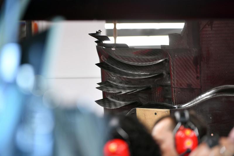 Детали днища Ferrari SF71H