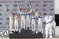 GTLM podium: winners Dirk Müller, Joey Hand, Chip Ganassi Racing Ford, second place Gianmaria Bruni, Laurens Vanthoor, Porsche Team North America, third place Ryan Briscoe, Richard Westbrook, Chip Ganassi Racing Ford