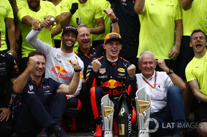 Max Verstappen, Red Bull Racing, race winner, Third place Daniel Ricciardo, Red Bull Racing, Christian Horner, Team Principal, Red Bull Racing, Helmut Markko, Consultant, Red Bull Racing, the Red Bull team celebrate