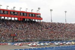 Partenza: Kyle Larson, Chip Ganassi Racing Chevrolet al comando