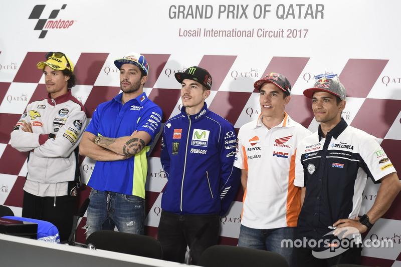 Franco Morbidelli, Moto2-Polesitter; Andrea Iannone, Team Suzuki MotoGP; Maverick Viñales, Yamaha Factory Racing; Marc Marquez, Repsol Honda Team; Jorge Martin, Moto3-Polesitter