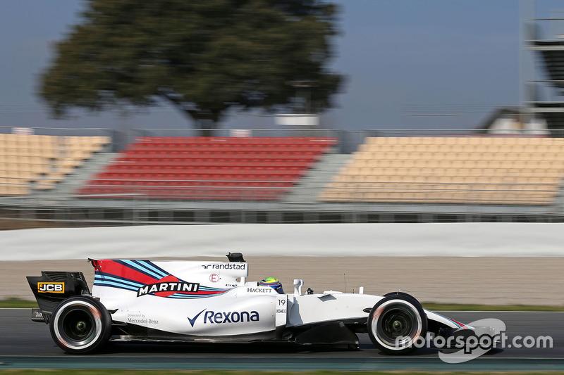 O FW40 mostrou velocidade no começo do ano, mas acabou ficando para trás com o passar do campeonato.