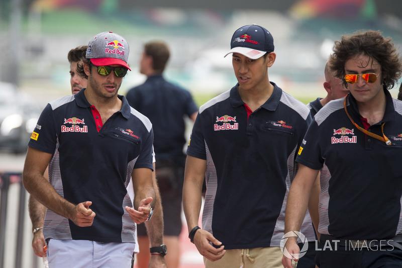 Carlos Sainz Jr., Scuderia Toro Rosso and Sean Gelael, Scuderia Toro Rosso