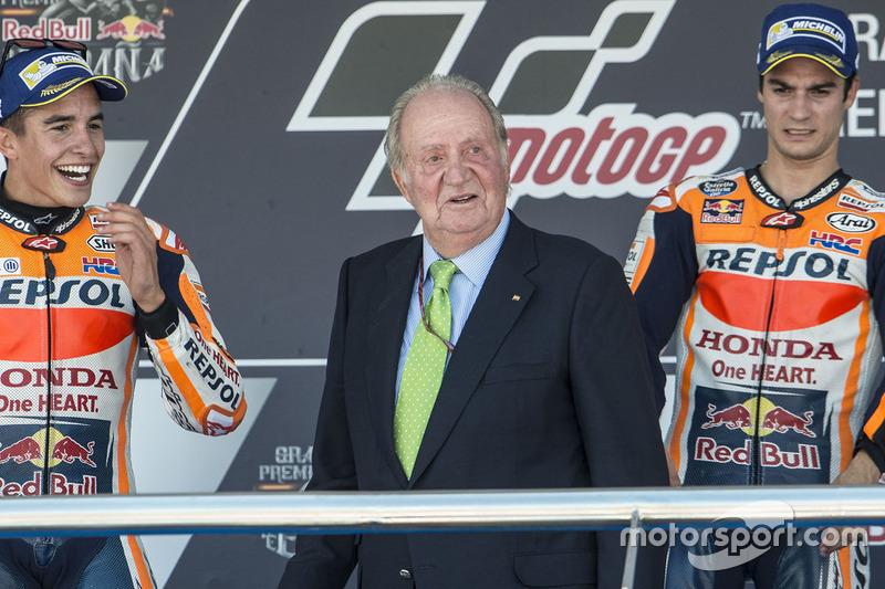 Podium: Ganador, Dani Pedrosa, Repsol Honda Team, segundo, Marc Marquez, Repsol Honda Team, former Spanish King Juan Carlos