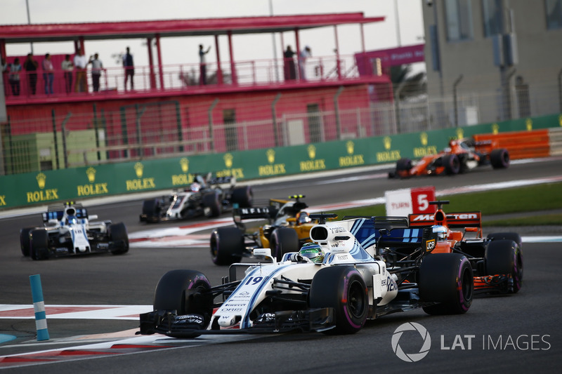 Felipe Massa, Williams FW40, Fernando Alonso, McLaren MCL32, Carlos Sainz Jr.., Renault Sport F1 Team RS17