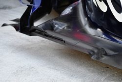 Scuderia Toro Rosso STR12 floor detail