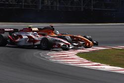 Adrian Sutil, Spyker F8-VII y Anthony Davidson, Super Aguri SA07