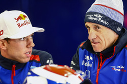 Pierre Gasly, Toro Rosso, et Franz Tost, Team Principal. Toro Rosso