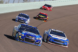 Michael McDowell, Leavine Family Racing Chevrolet, Ricky Stenhouse Jr., Roush Fenway Racing Ford