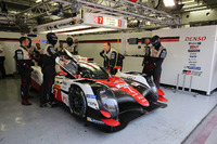 #7 Toyota Gazoo Racing Toyota TS050-Hybrid: Thomas Laurent, Mike Conway