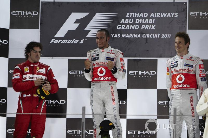 2011. Подіум: 1. Льюіс Хемілтон, McLaren-Mercedes. 2. Фернандо Алонсо, Ferrari. 3. Дженсон Баттон, McLaren-Mercedes