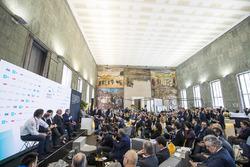 Alejandro Agag, CEO, Formula E, Jean Todt, FIA President, Virginia Elena Raggi, Mayor of Rome, Angelo Sticchi Damiani, President of ACI, Enzo Bianco, Mayor of Catania, Chairman of National Council ANCI in the FIA Smart Cities conference