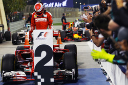 Second placed Kimi Raikkonen, Ferrari SF16-H in parc ferme