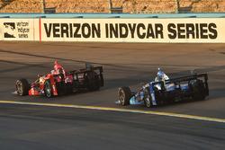 Скотт Диксон, Chip Ganassi Racing Chevrolet и Тони Канаан, Chip Ganassi Racing Chevrolet