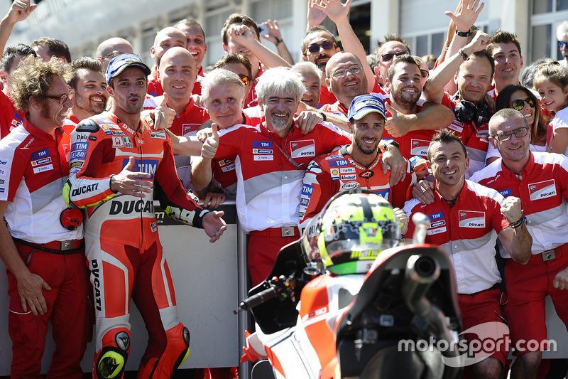 Ganador, Andrea Iannone, Ducati Team, segundo, Andrea Dovizioso, Ducati Team