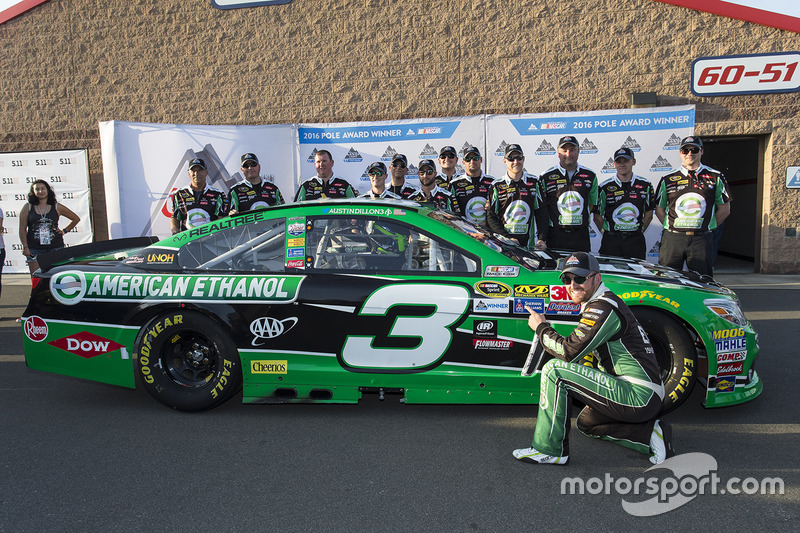 Ganador de la pole Austin Dillon, Richard Childress Racing Chevrolet