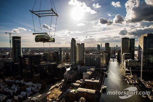 Aston Martin Racing Mount Anvil samenwerking