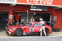 #88 AKKA ASP, Mercedes AMG GT3: Tristan Vautier, Felix Rosenqvist