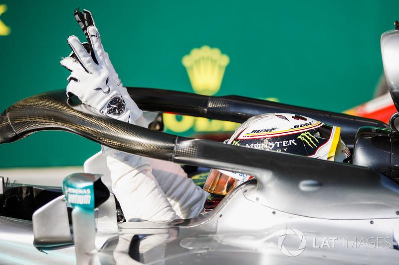 На Гран При Венгрии Хэмилтон провел 110-ю гонку в составе Mercedes. Столько же гонок британец провел с McLaren в период с 2007 по 2012 годы