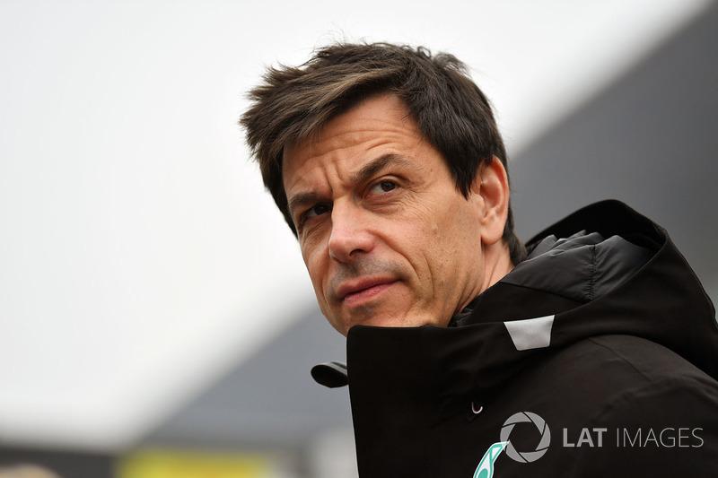 Mercedes, плохой прогноз: впервые с 2013 года команда потерпит поражение в чемпионате