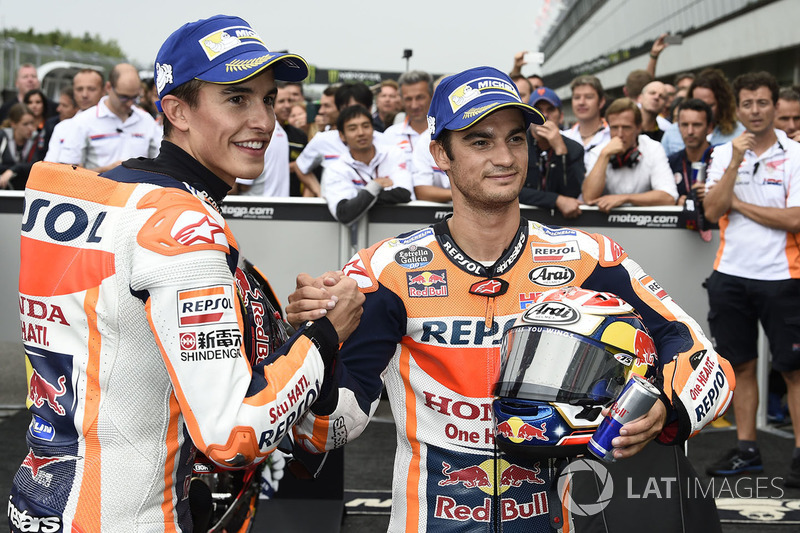 Гонщики Repsol Honda Team Дани Педроса и Марк Маркес