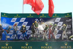 LMP2 podium: winners Ho-Pin Tung, Oliver Jarvis, Thomas Laurent, DC Racing, second place Mathias Beche, David Heinemeier Hansson, Nelson Piquet Jr., Vaillante Rebellion Racing, third place David Cheng, Alex Brundle, Tristan Gommendy, DC Racing