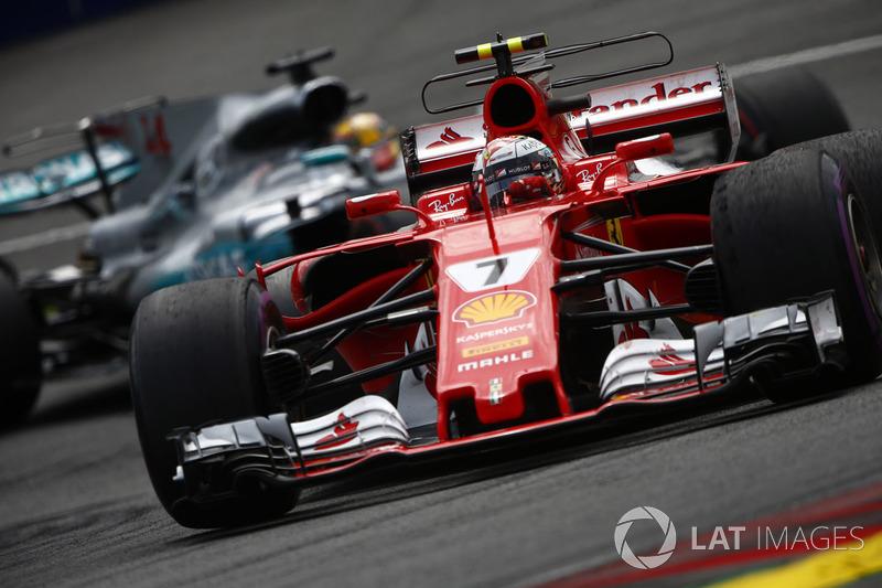 Кімі Райкконен, Ferrari SF70H, Льюіс Хемілтон, Mercedes AMG F1 W08