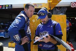 Kyle Busch, Joe Gibbs Racing Toyota Adam Stevens